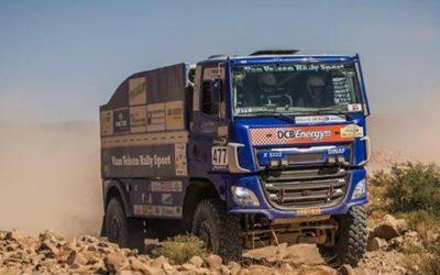 Parijs Dakar truck van Velzen op beurs